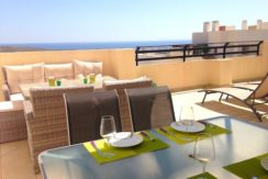 Lovely Oasis Purple, Modern Apartment in Bonalba Golf (Alicante), Sea & Golf views